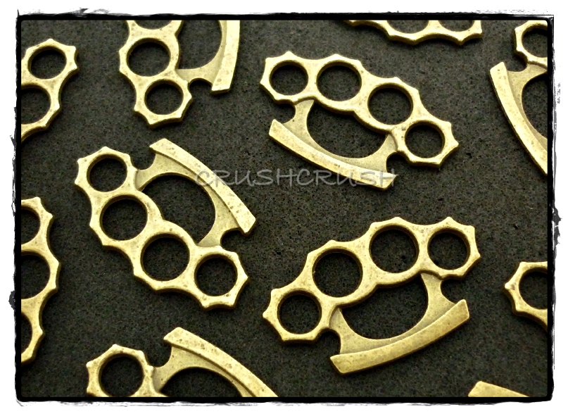 10pcs antique brass knuckle duster charms pendants jewelry making 10pcs antique brass knuckle duster charms pendants jewelry making x122 aloadofball Image collections