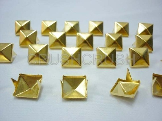100pcs 8mm Gold PYRAMID STUDS Goth Biker Studded Leather Craft S308