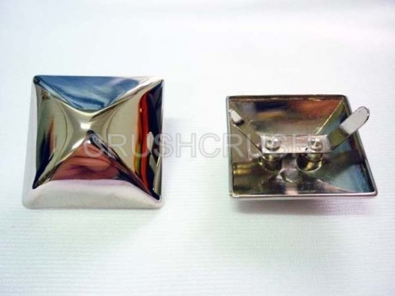 2x35mm Silver PYRAMID STUDS Bags Goth Biker Studded Leather Craft S135