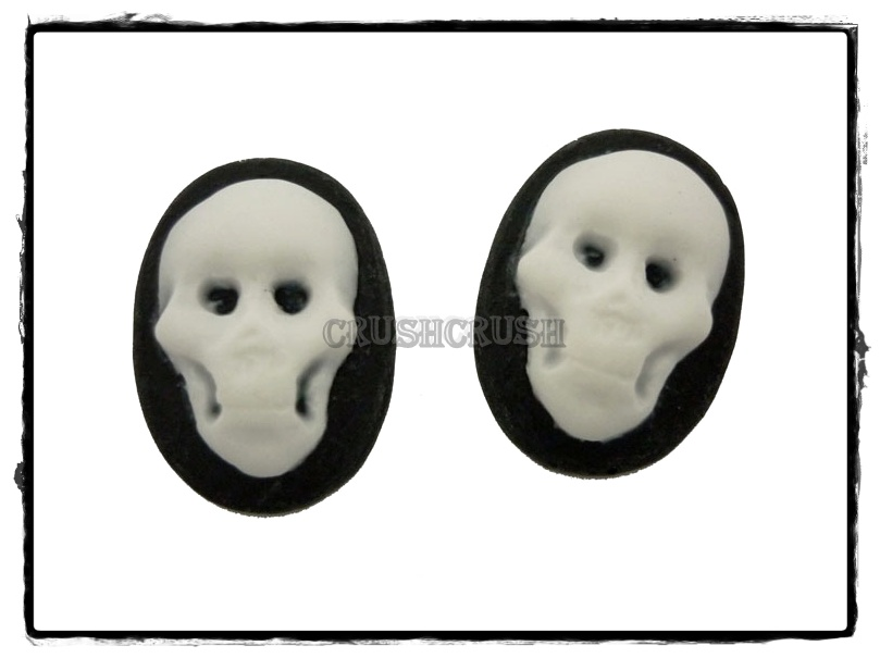 10pcs 13x18mm Black Skull Skeleton Cameos FLAT BACK Cabochons F456