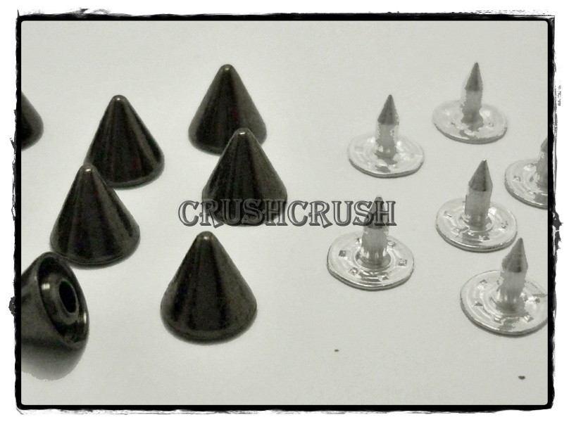15pcs 10mm Gunmetal Cone SPIKES RIVETS Studs Dog Collar Leather Craft RV898